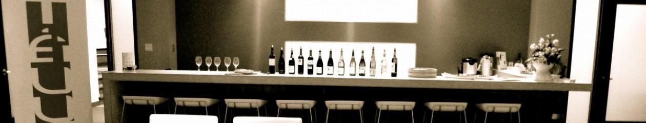 Tailored to you WSET Wine Courses that starts every months twelve time a year/ Cours personnalisés et ateliers débutant à tous les mois 12 fois l'an